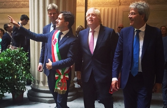 Nardella incontra Boris Johnson: possibile collaborazione con Londra