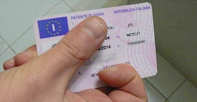 Patenti facili a Firenze, 11 condannati