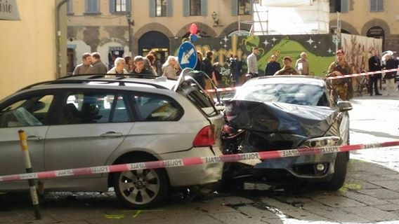 Incidente in Santa Croce, 6 feriti in via de' Benci