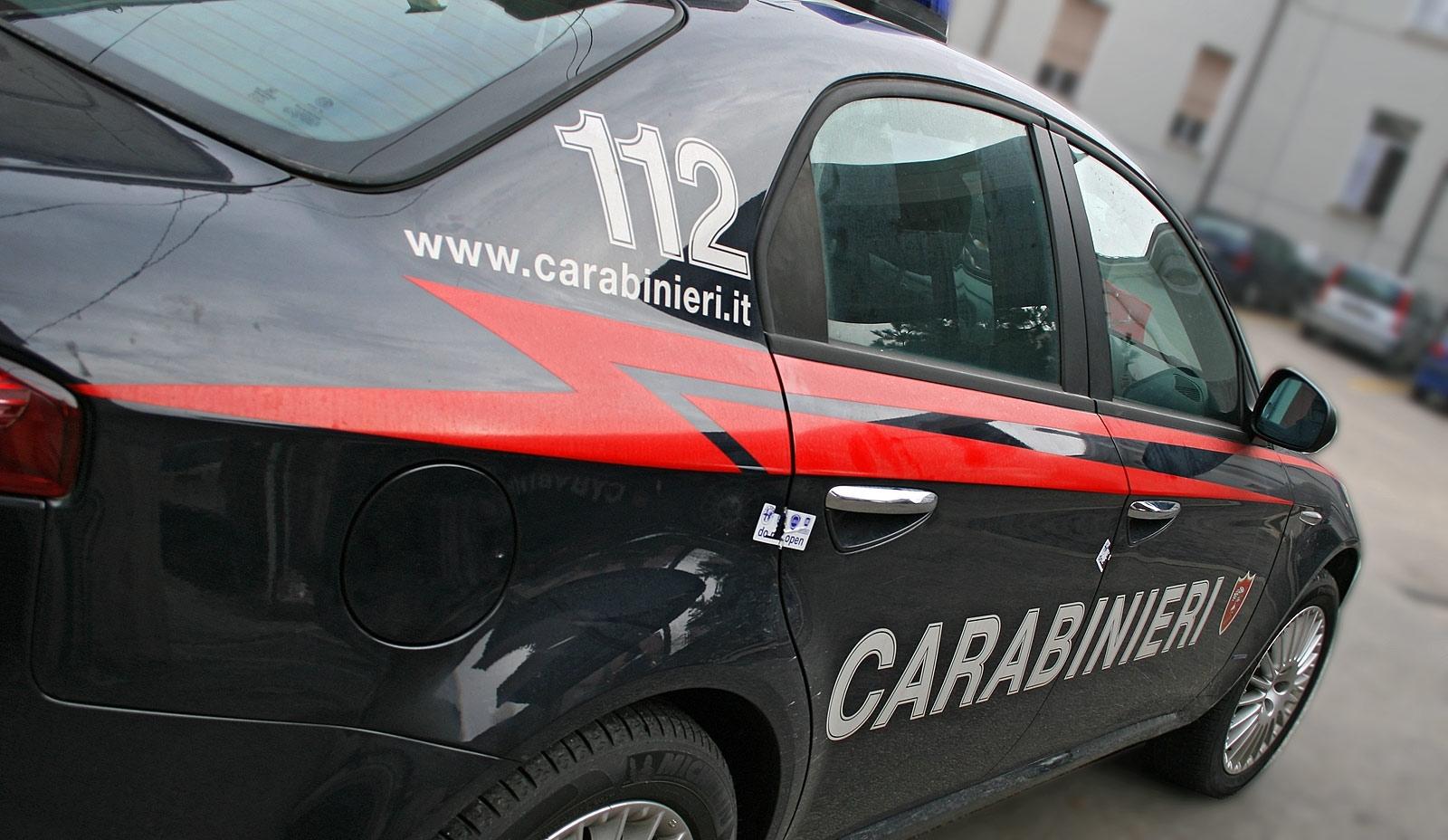 Palermo, Ballarò: carabinieri sequestrano 158 panetti di hashish, due arresti