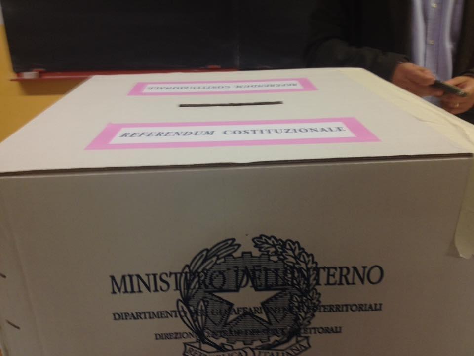 Referendum, inizia lo spoglio delle schede A Bologna affluenza record: 78% elettori