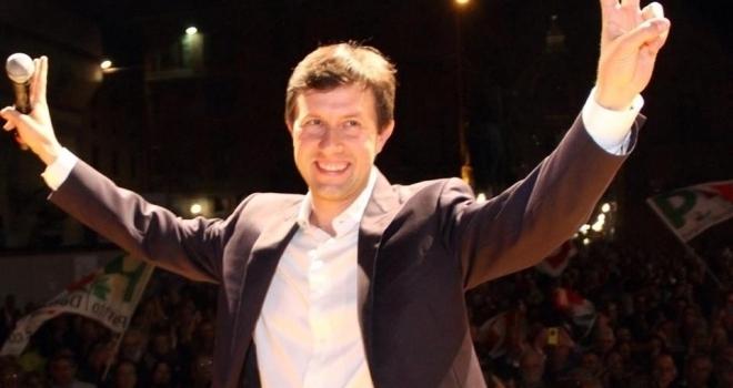 News Sondaggi, i sindaci più apprezzati: in pole Appendino, Raggi penultima