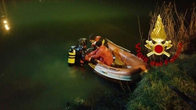 Cade 29enne in Arno, recuperato il cadavere nella notte