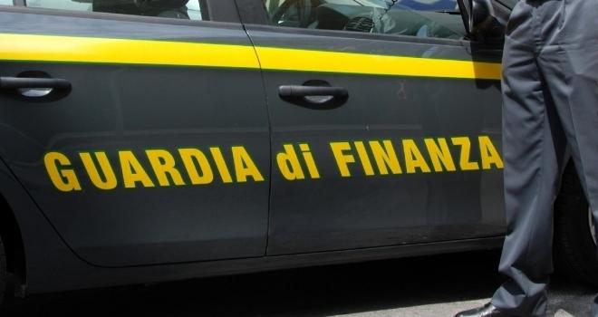 Spari contro l'auto e la ditta dell'imprenditore Andrea Bacci: due arresti