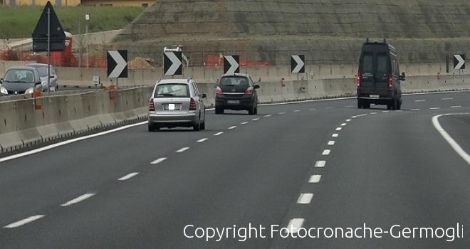 A1 - Suv si ribalta, incidente mortale tra Campegine e Ponte Taro
