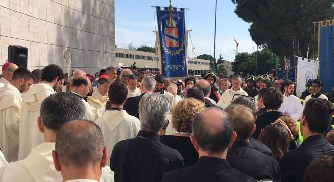 Betori consacra nuova chiesa a Calenzano