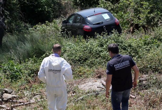 Auto sporca di sangue a Monte Morello, trovato 56enne senza vita