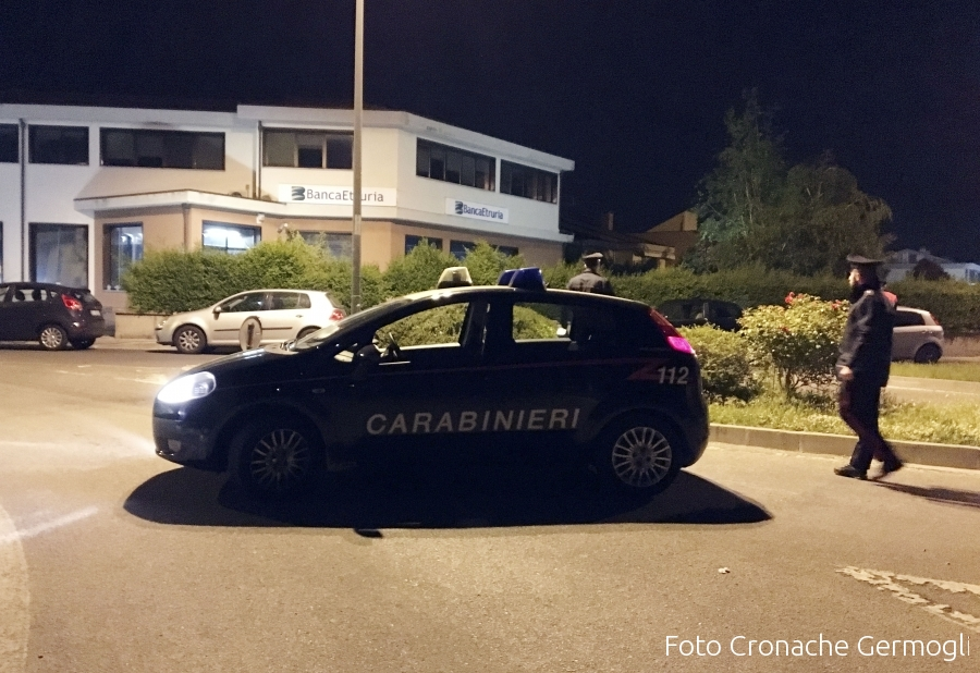 Droga: carico 23 kg cocaina in auto, 2 arrestati a Firenze
