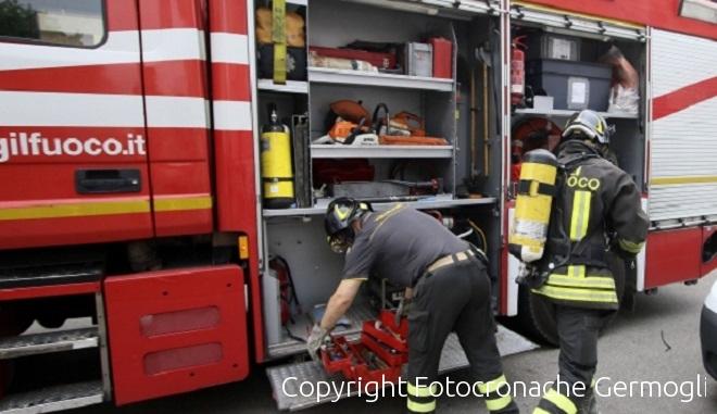 Incendio a Le Macine, in fiamme dieci ettari di terreno