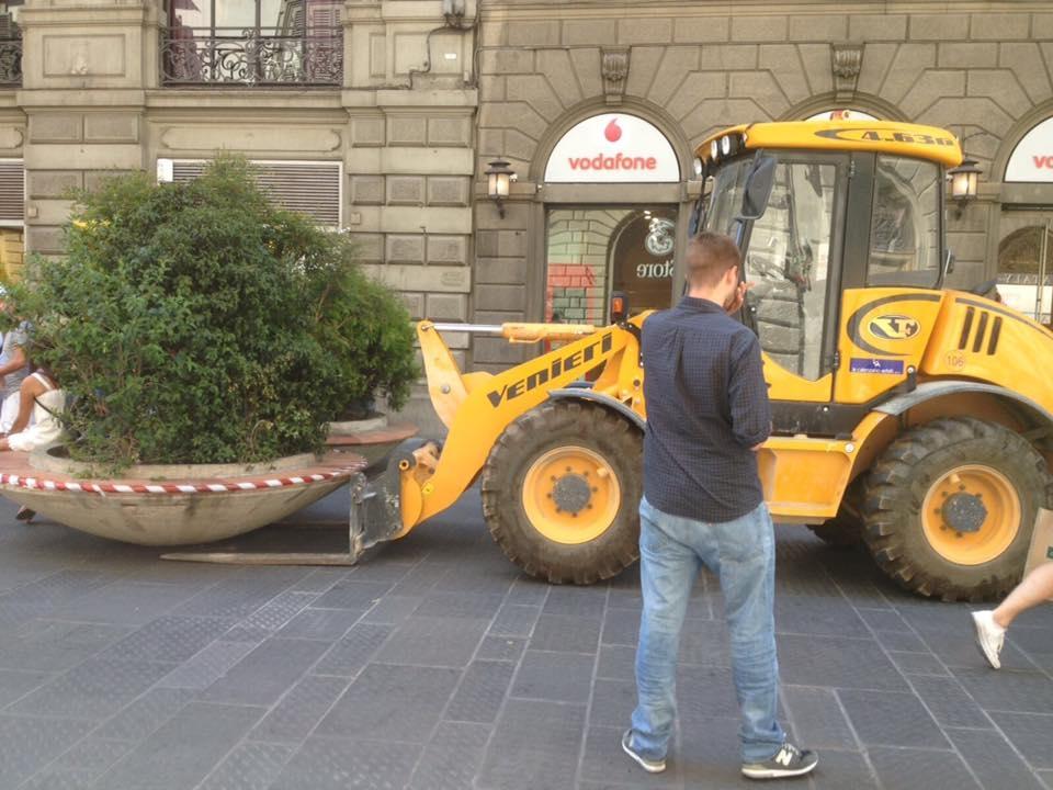 Terrorismo: Firenze, fioriere come barriere stradali