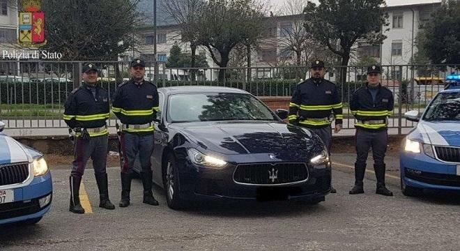 Noleggia Maserati e non la restituisce, fermato e denunciato