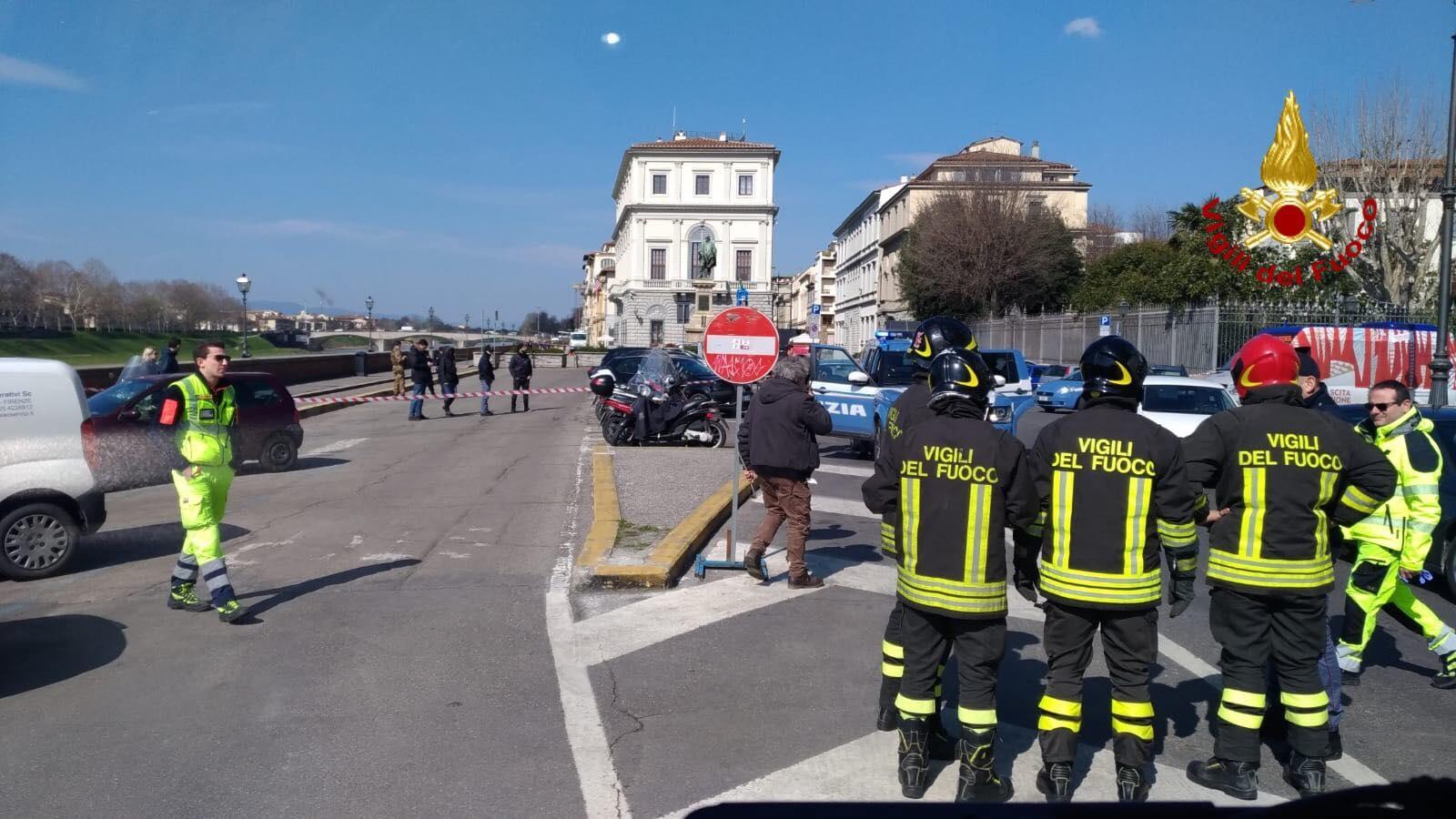 Contenitore sospetto vicino al consolato Usa di Firenze, falso allarme