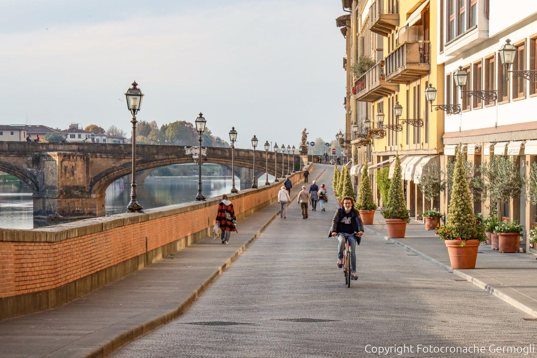 Covid Toscana, oggi 1.206 contagi e 26 morti: bollettino 15 aprile