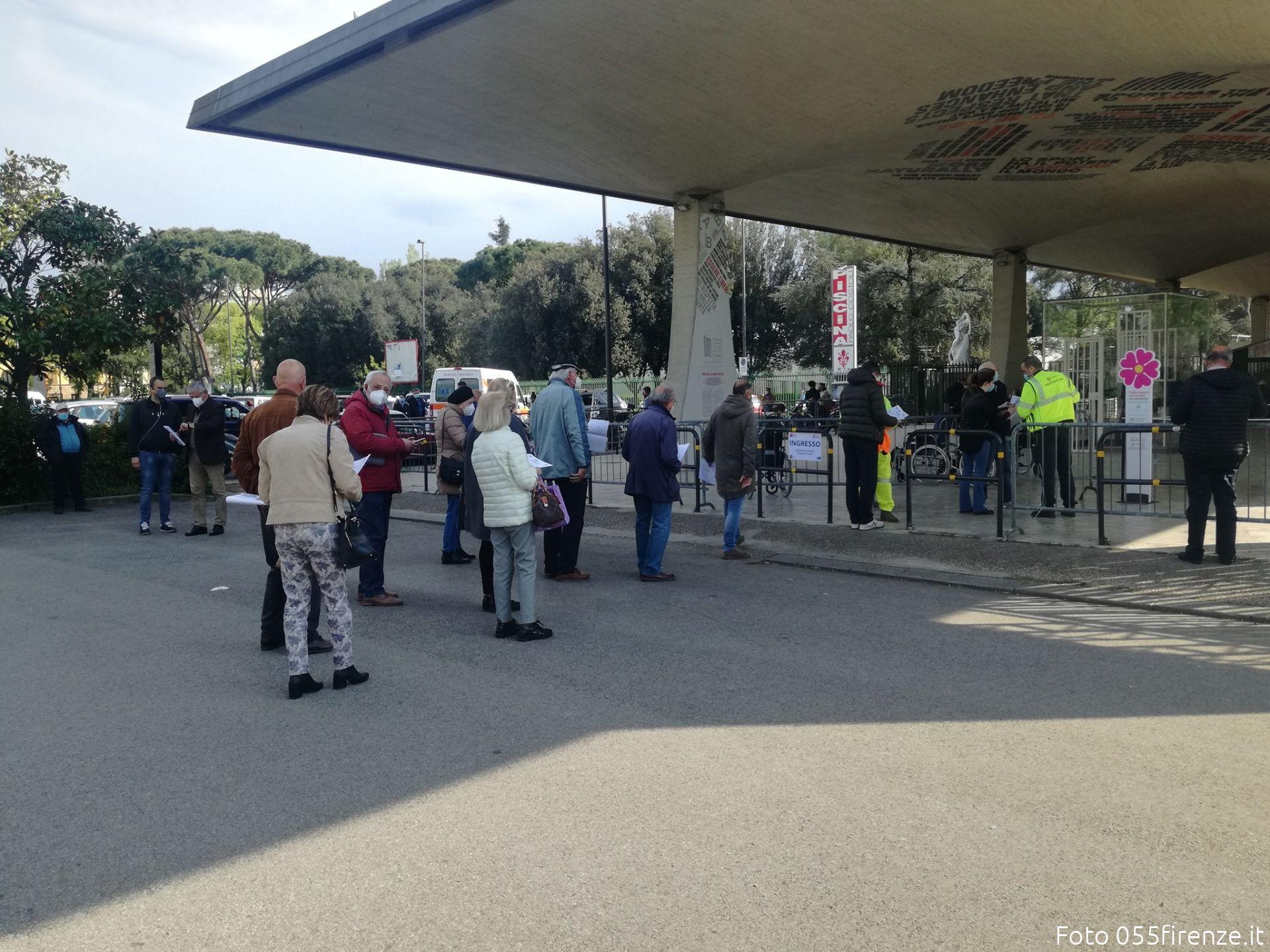 Toscana. Vaccini anti Covid, in arrivo le dosi per i sessantenni