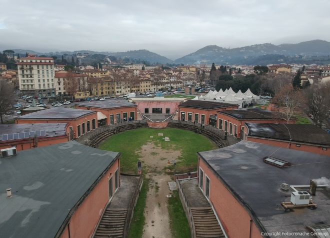 Cabina Fototessere Firenze : Firenze anagrafe nei pad arrivano le cabine fototessera firenze